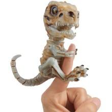 Интерактивный скелетон FINGERLINGS Дуум (3981)